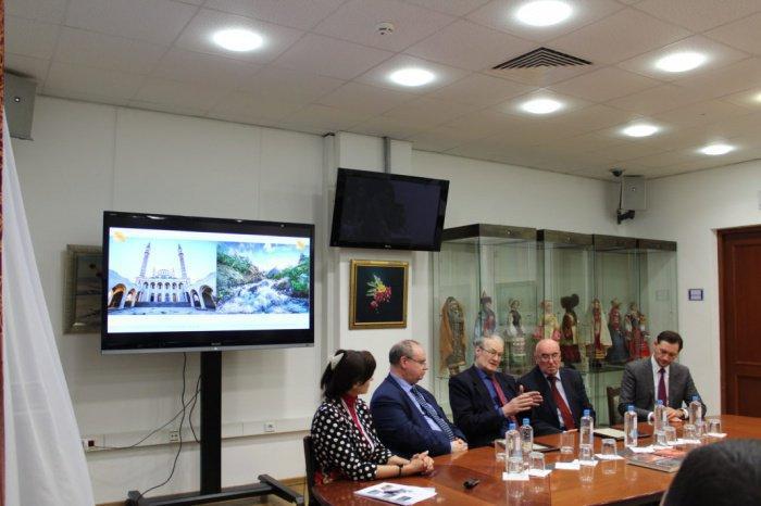 В Москве под эгидой Группы состоялась презентация фотоальбома «Мусульмане России» (ФОТО)