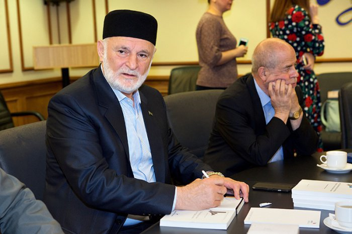 Презентация книги муфтия Северной Осетии Хаджимурата Гацалова «Россия и ислам: на острие атаки» (ФОТО)