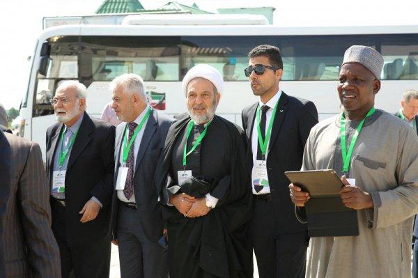 Открытие рабочей части заседания Группы стратегического видения «Россия-Исламский мир» в Казани
