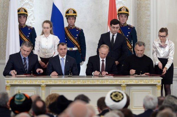 Век нынешний и Россия как самостоятельная цивилизация. Статья Вениамина Попова
