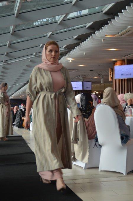 Modest fashion as manifestation of halal lifestyle... But without religious borders