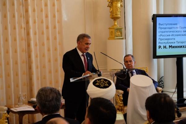 Рустам Минниханов: Региональные лидеры оказываются связующим звеном стран исламского мира с Российской Федерацией