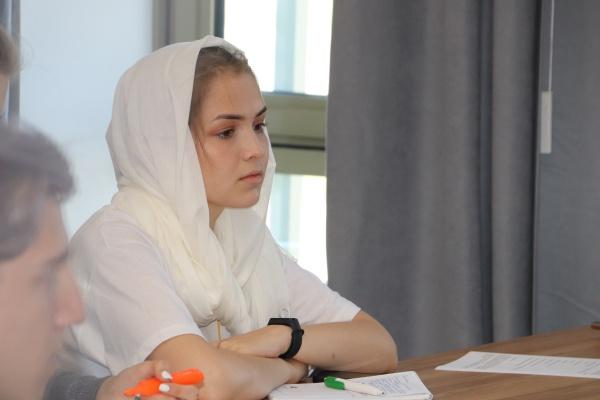 Политика впечатлений, эбру, академическое письмо, Сирия - как прошел 3-й день работы Школы