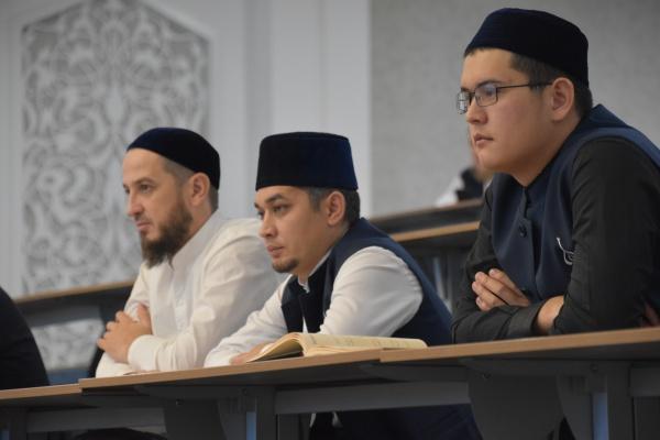 Фоторепортаж с конференции «Ислам и общество: региональный аспект»