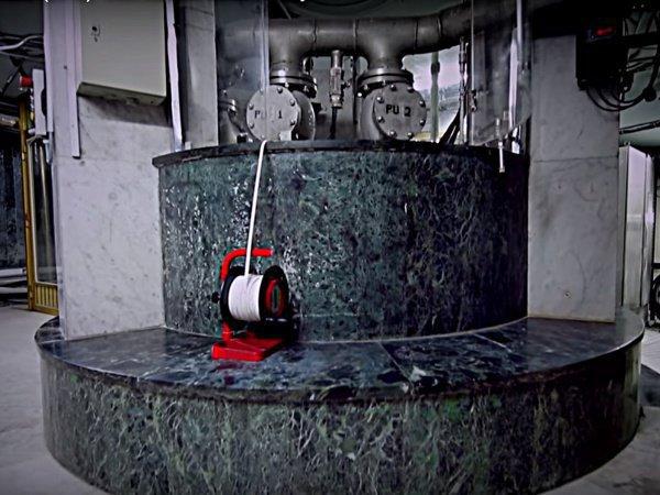 Уникальные кадры: именно так получают воду из знаменитого источника Зам-зам