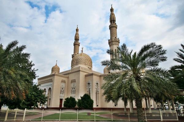 Диалоги о вере, бастакия и знакомство с соседями – чем отличается Дубай от остального мира?