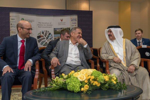 Рустам Минниханов и Хамад ибн Ибрахим аль Халифа. Фото: Марат Хусаинов (сайт Президента РТ)