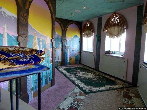 Где расположена самая северная мечеть России?