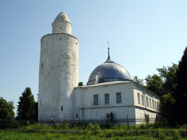 Шесть древнейших российских мечетей