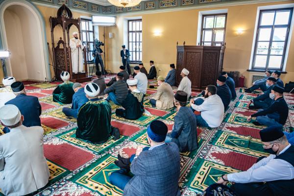عيد الفطر المبارك 2021: كيف قضى مسلمو العالم شهر رمضان الكريم